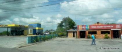 Arrêt des bus Caribe Tours et Asotrapusa vers Samana