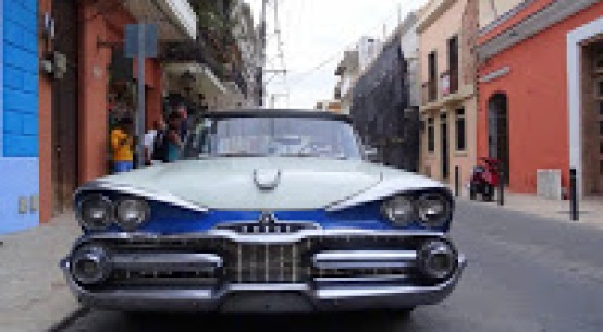 Voiture ancienne à Saint Domingue